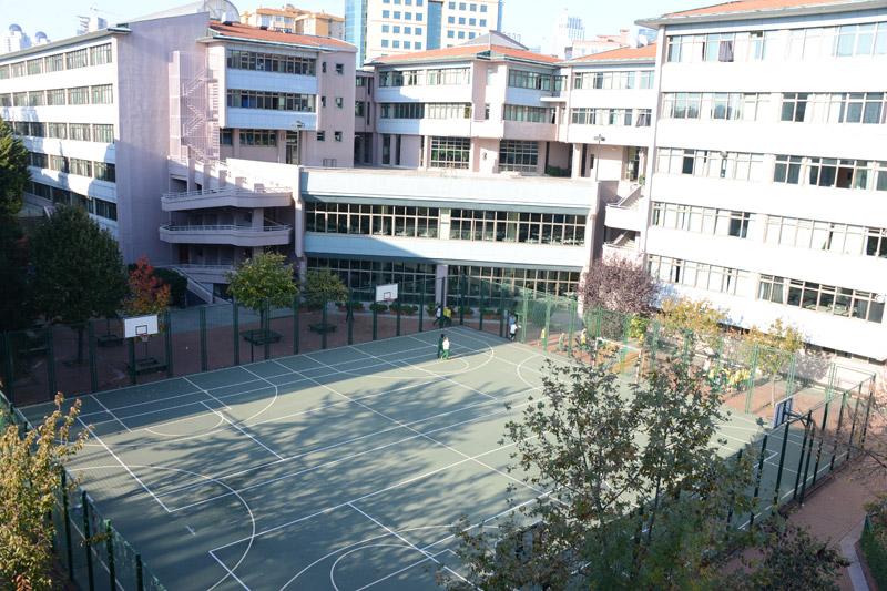 Terakki Okulları Levent Lisesi