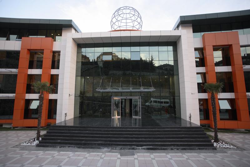 Doğa Koleji İstanbul Acarkent Lisesi