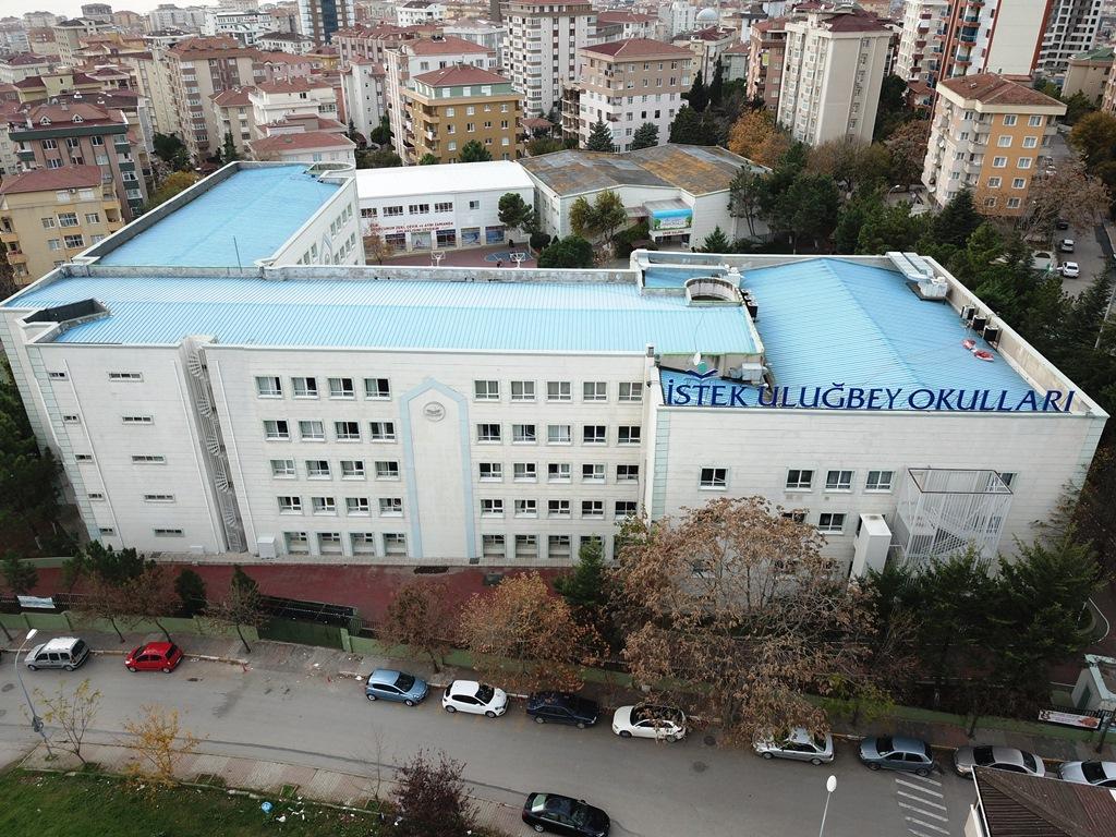 İstek Okulları Uluğbey Fen Lisesi
