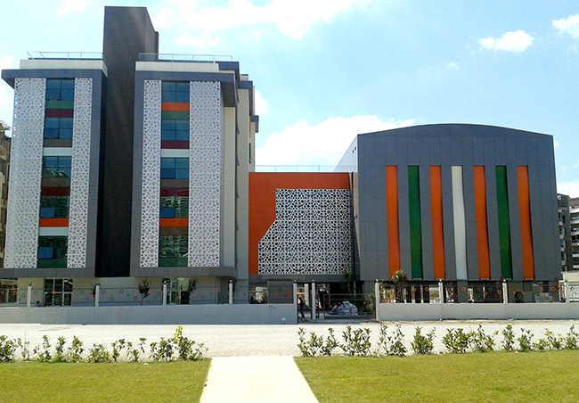 Doğa Koleji İzmir Mavişehir 2 Ortaokulu