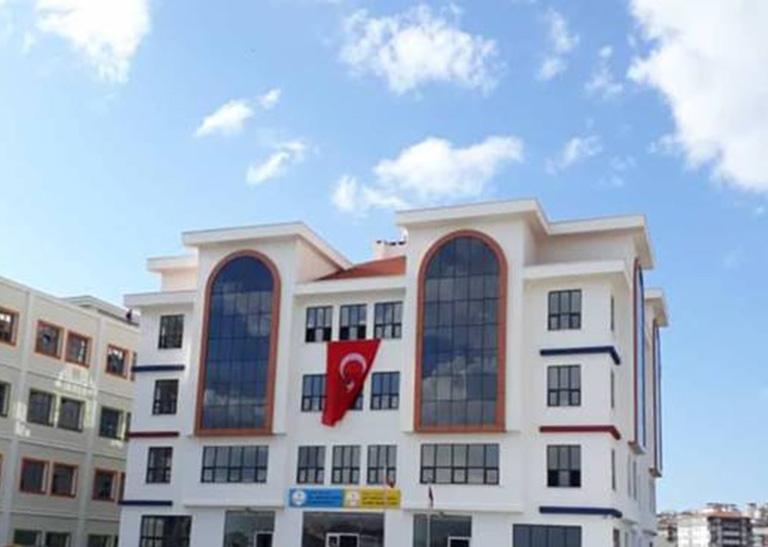 Çözüm Akademi Okulları Çerkezköy Lisesi